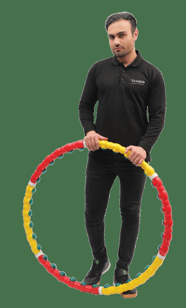 ورزشکار مرد همراه با حلقه جادویی جدید